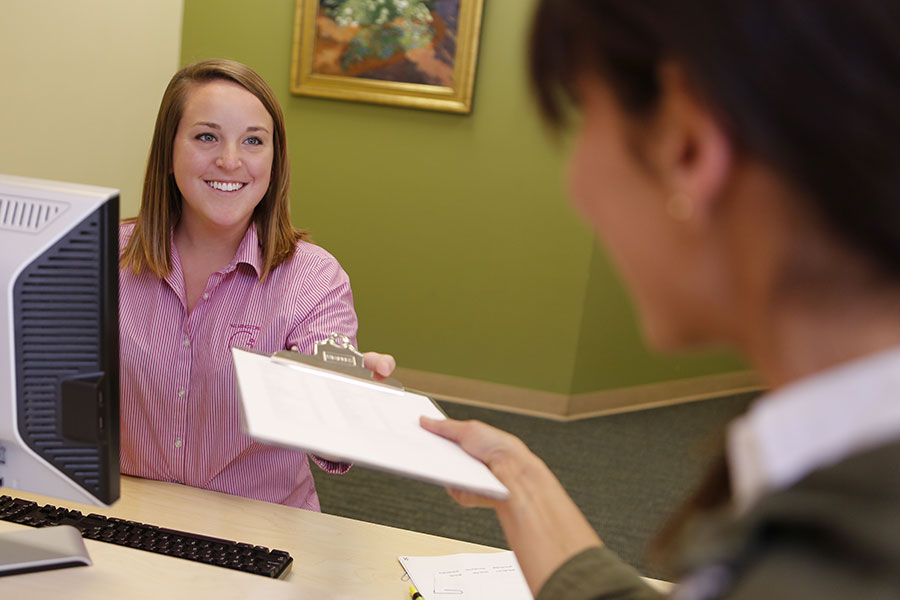 Wilmington-Gastroenterology-Associates-Endoscopy-Center-Receptionist